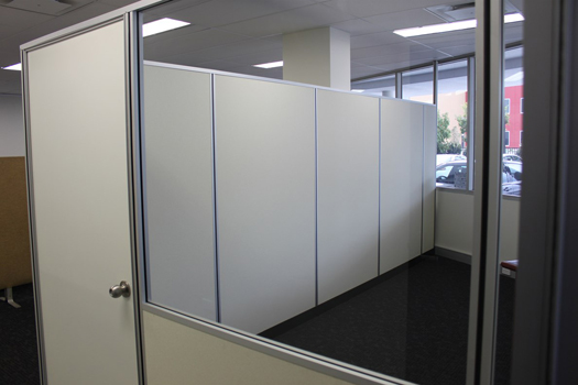 easily demountable office partitions in gold coast ikcon